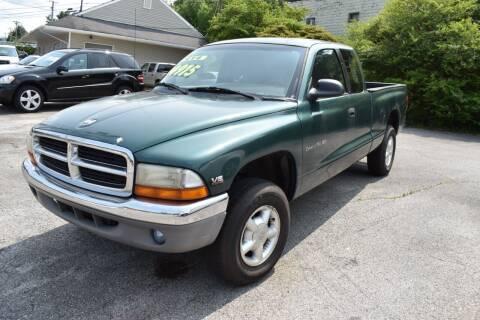 1997 Dodge Dakota for sale at Gamble Motor Co in La Follette TN