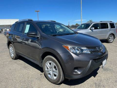 2015 Toyota RAV4 for sale at Deruelle's Auto Sales in Shingle Springs CA