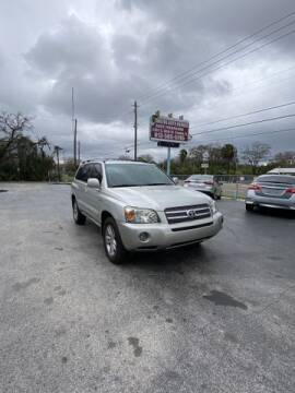 2006 Toyota Highlander Hybrid for sale at Pioneers Auto Broker in Tampa FL