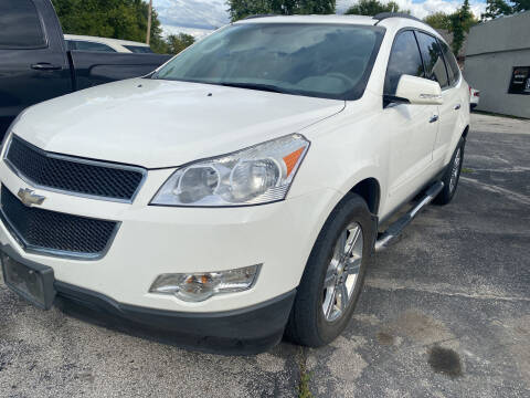 2012 Chevrolet Traverse for sale at Rocket Cars Auto Sales LLC in Des Moines IA