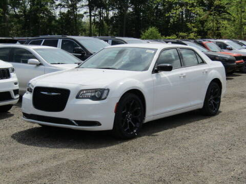2020 Chrysler 300 for sale at Brunswick Auto Mart in Brunswick OH