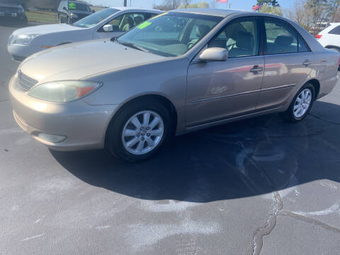 2004 Toyota Camry for sale at Doug White's Auto Wholesale Mart in Newton NC