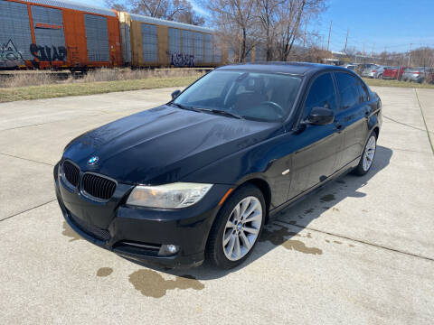 2011 BMW 3 Series for sale at Mr. Auto in Hamilton OH