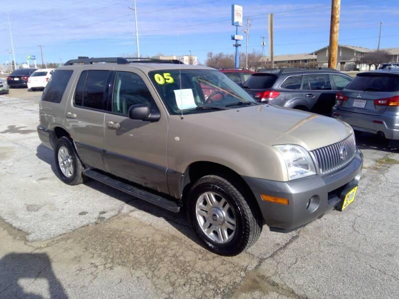 2005 Mercury Mountaineer for sale at Regency Motors Inc in Davenport IA