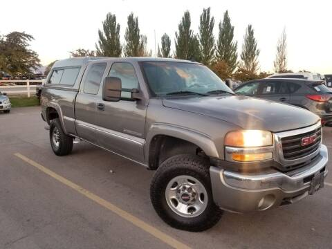 2007 GMC Sierra 2500HD Classic for sale at FRESH TREAD AUTO LLC in Springville UT