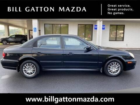 2004 Hyundai Sonata for sale at Bill Gatton Used Cars - BILL GATTON ACURA MAZDA in Johnson City TN