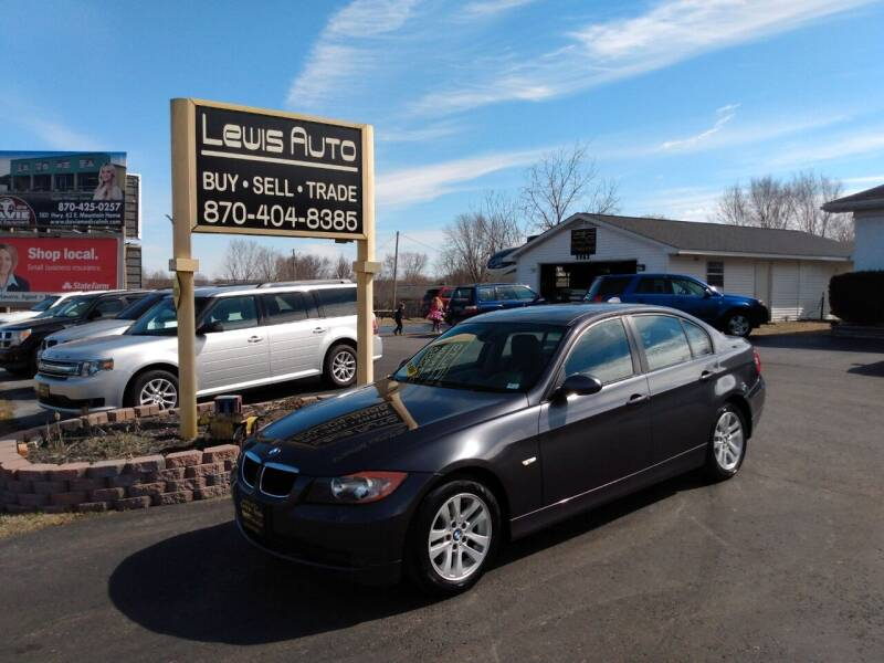 2007 BMW 3 Series for sale at LEWIS AUTO in Mountain Home AR