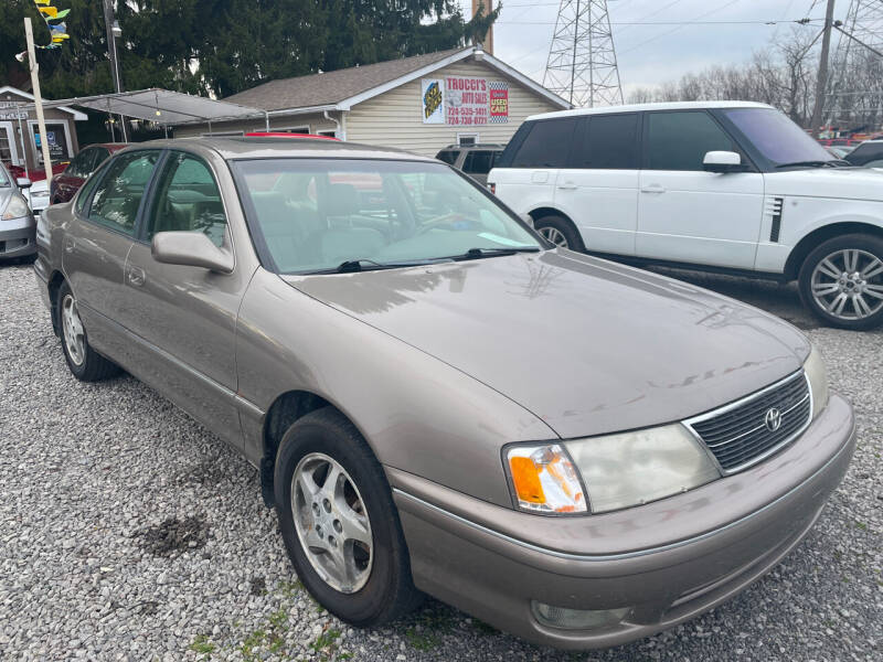 1998 Toyota Avalon for sale at Trocci's Auto Sales in West Pittsburg PA
