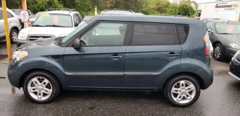 2011 Kia Soul for sale at Howe's Auto Sales in Lowell MA