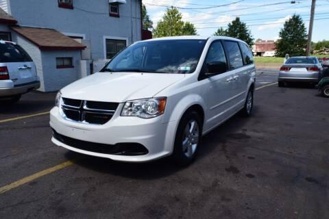2013 Dodge Grand Caravan for sale at L&J AUTO SALES in Birdsboro PA