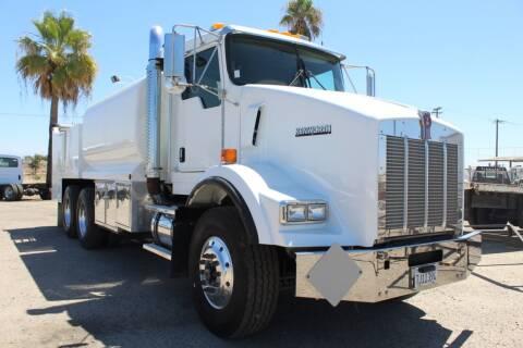 2005 Kenworth T800 for sale at Kingsburg Truck Center in Kingsburg CA