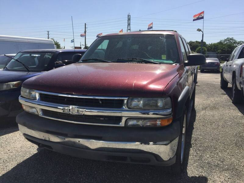 2001 Chevrolet Suburban for sale at BSA Used Cars in Pasadena TX