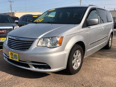 2011 Chrysler Town and Country for sale at El Tucanazo Auto Sales in Grand Island NE