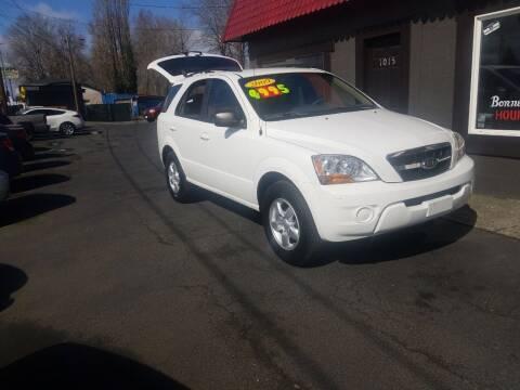 2009 Kia Sorento for sale at Bonney Lake Used Cars in Puyallup WA