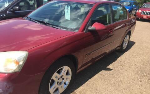 2006 Chevrolet Malibu for sale at BARNES AUTO SALES in Mandan ND