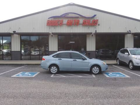 2009 Ford Focus for sale at DOUG'S AUTO SALES INC in Pleasant View TN