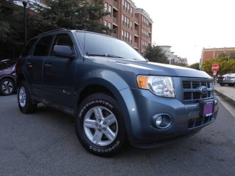 2010 Ford Escape Hybrid for sale at H & R Auto in Arlington VA