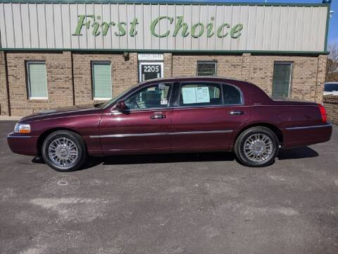 2008 Lincoln Town Car for sale at First Choice Auto in Greenville SC