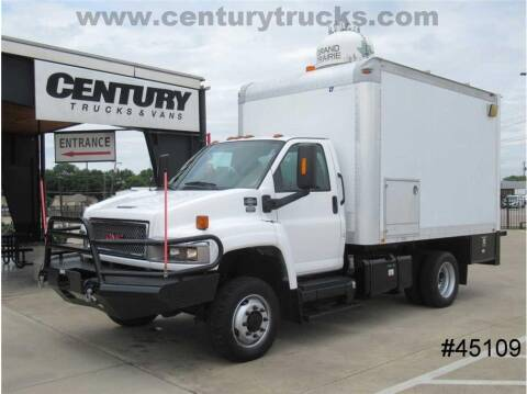 2009 GMC C5500 for sale at CENTURY TRUCKS & VANS in Grand Prairie TX