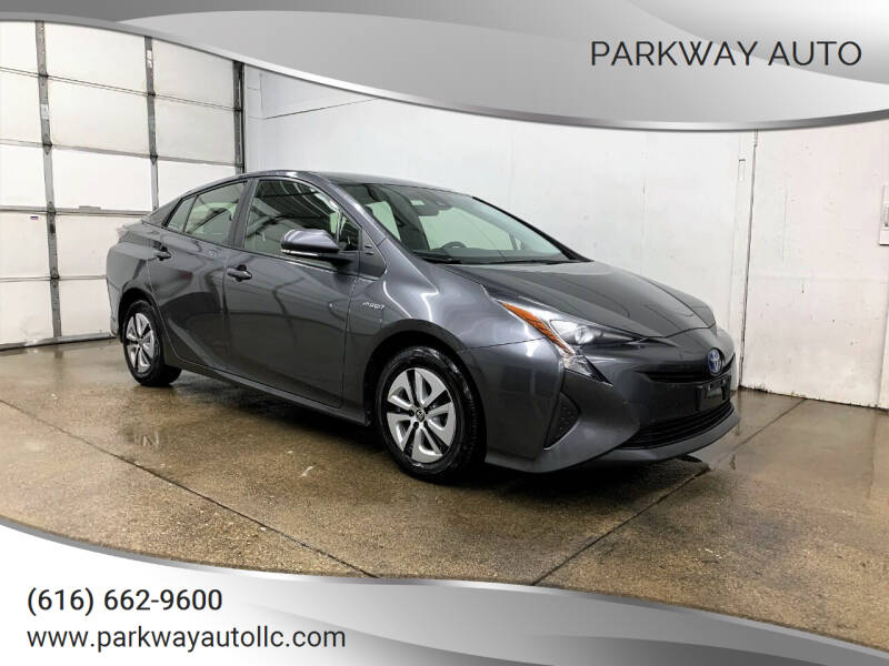 2017 Toyota Prius for sale at PARKWAY AUTO in Hudsonville MI