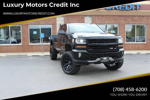 2018 Chevrolet Silverado 1500 for sale at Luxury Motors Credit Inc in Bridgeview IL