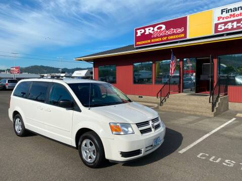 2010 Dodge Grand Caravan for sale at Pro Motors in Roseburg OR