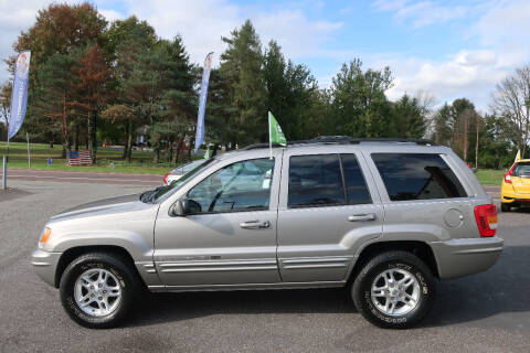 2000 Jeep Grand Cherokee for sale at GEG Automotive in Gilbertsville PA