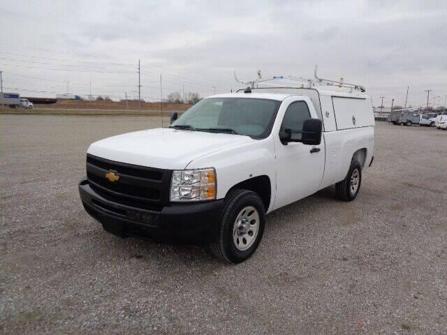 2013 Chevrolet Silverado 1500 for sale at SLD Enterprises LLC in Sauget IL
