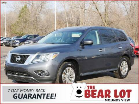 2014 Nissan Pathfinder for sale at Rydell Auto Outlet in Mounds View MN