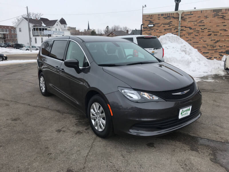 2018 Chrysler Pacifica for sale at Carney Auto Sales in Austin MN
