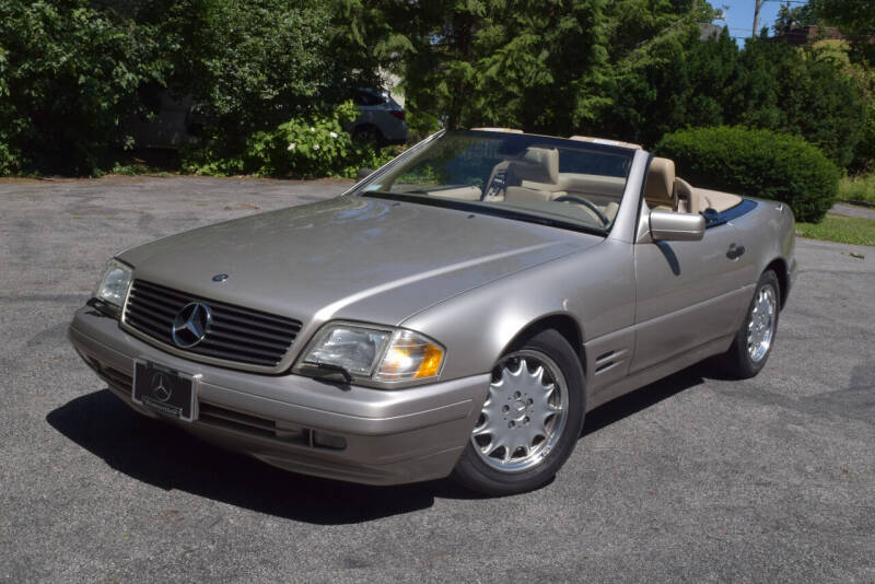 1998 Mercedes-Benz SL-Class for sale at Bill Dovell Motor Car in Columbus OH