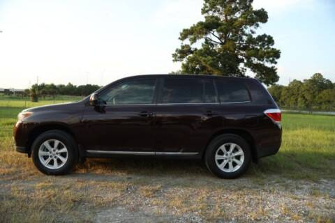 2012 Toyota Highlander for sale at WOODLAKE MOTORS in Conroe TX
