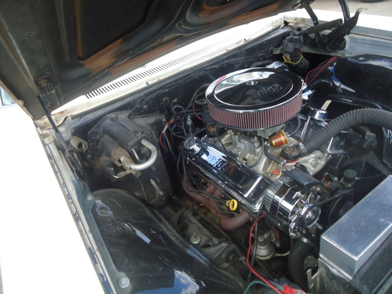 1966 Chevrolet Impala 10