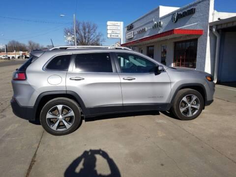 2019 Jeep Cherokee for sale at Faw Motor Co - Faws Garage Inc. in Arapahoe NE