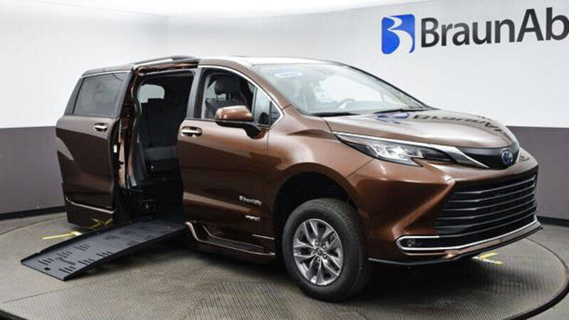 2021 Toyota Sienna for sale at A&J Mobility in Valders WI