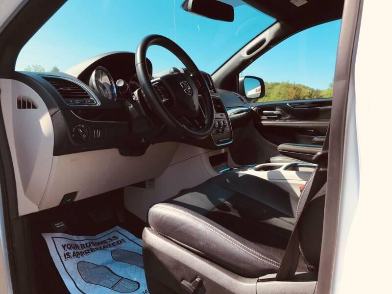 2018 Dodge Grand Caravan SXT 4dr Mini-Van - Morristown TN