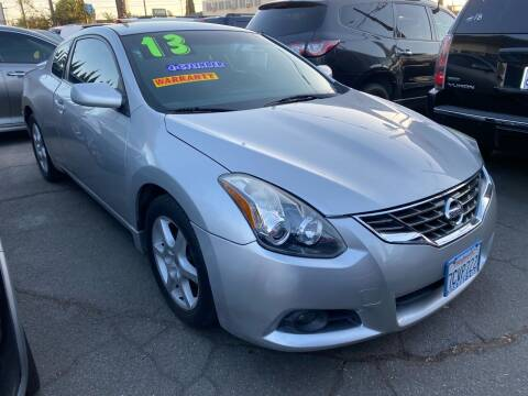 2013 Nissan Altima for sale at CAR GENERATION CENTER, INC. in Los Angeles CA
