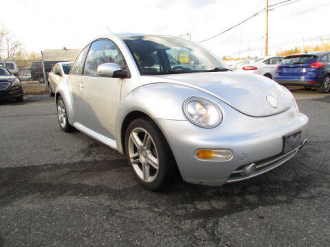 2004 Volkswagen New Beetle for sale at Auto Outlet Of Vineland in Vineland NJ