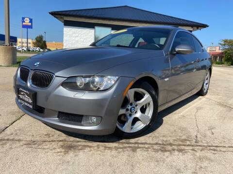 2009 BMW 3 Series for sale at Auto House of Bloomington in Bloomington IL