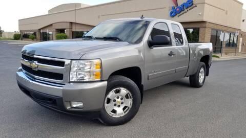 2008 Chevrolet Silverado 1500 for sale at LA Motors LLC in Denver CO