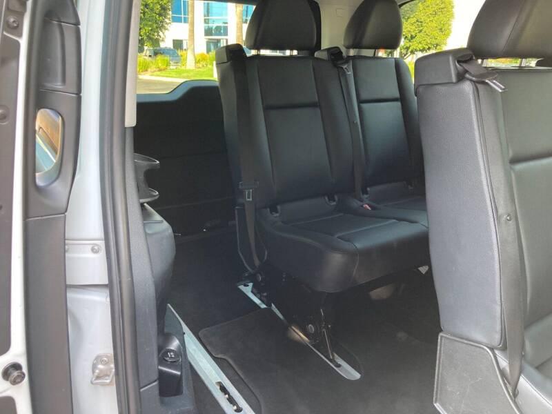 2016 Mercedes-Benz Metris Passenger 4dr Mini-Van - Van Nuys CA
