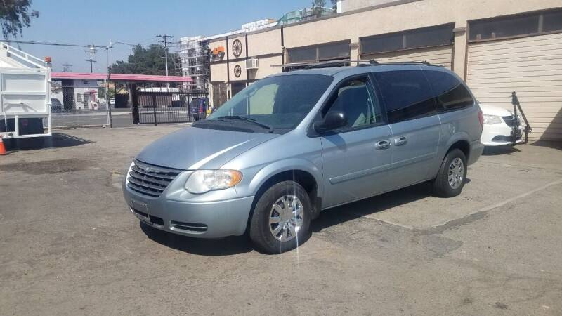 2005 Chrysler Town and Country for sale at Vehicle Center in Rosemead CA