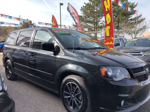 2015 Dodge Grand Caravan for sale at Duke City Auto LLC in Gallup NM