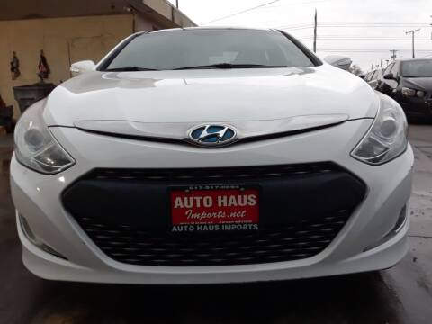 2012 Hyundai Sonata Hybrid for sale at Auto Haus Imports in Grand Prairie TX