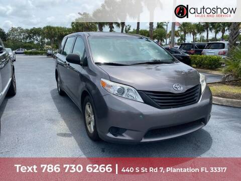 2017 Toyota Sienna for sale at AUTOSHOW SALES & SERVICE in Plantation FL