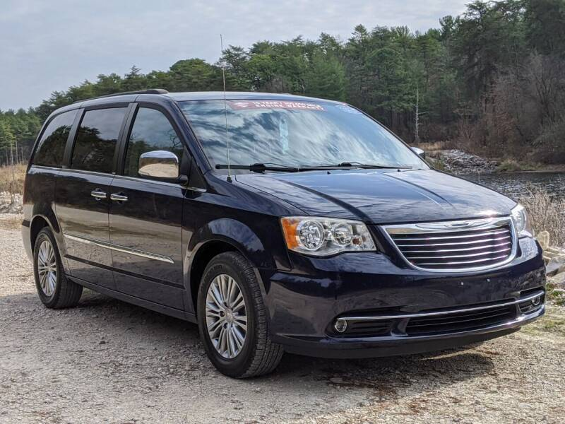 2014 Chrysler Town and Country for sale at Bob Walters Linton Motors in Linton IN