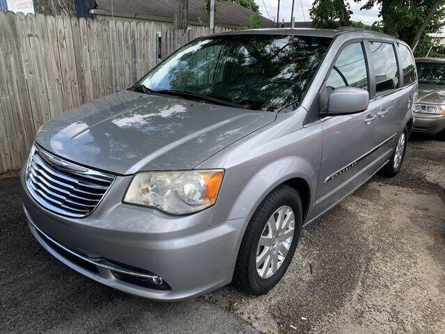 2013 Chrysler Town and Country for sale at The Kar Store in Arlington TX