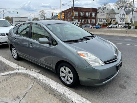 2004 Toyota Prius for sale at G1 AUTO SALES II in Elizabeth NJ