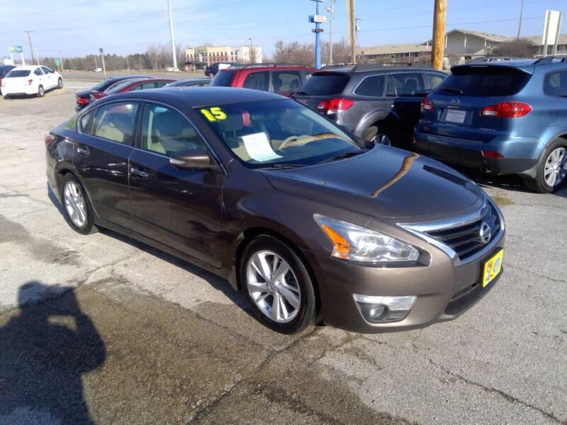2015 Nissan Altima for sale at Regency Motors Inc in Davenport IA