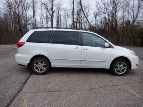 2005 Toyota Sienna for sale at Mobility Motors LLC - Vans in Battle Creek MI